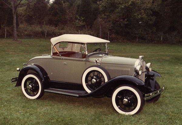 Another shot of Doug's 1930 Model A Roadster